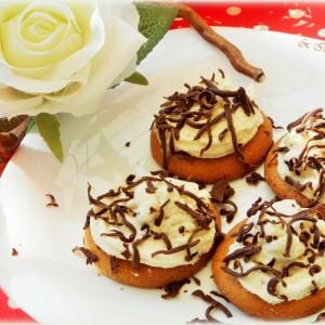 Брзи колачи со пудинг од кокос