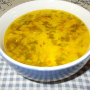 Супа со топено сирење и шунка