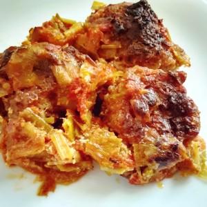 Печени ќофтиња во доматен сос со праз (хроно)