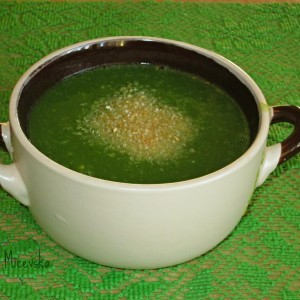 Крем супа од спанаќ и компир (посно,без масло)