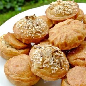 Солени мафини со хељда, сирење и печеница