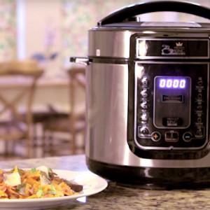 Видео рецепт: Медитерански тестенини со зеленчук