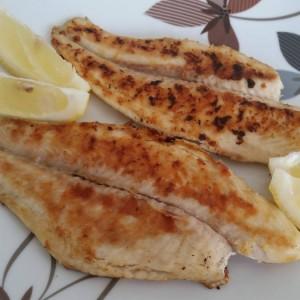 Брзо пржена риба (без масло и брашно)