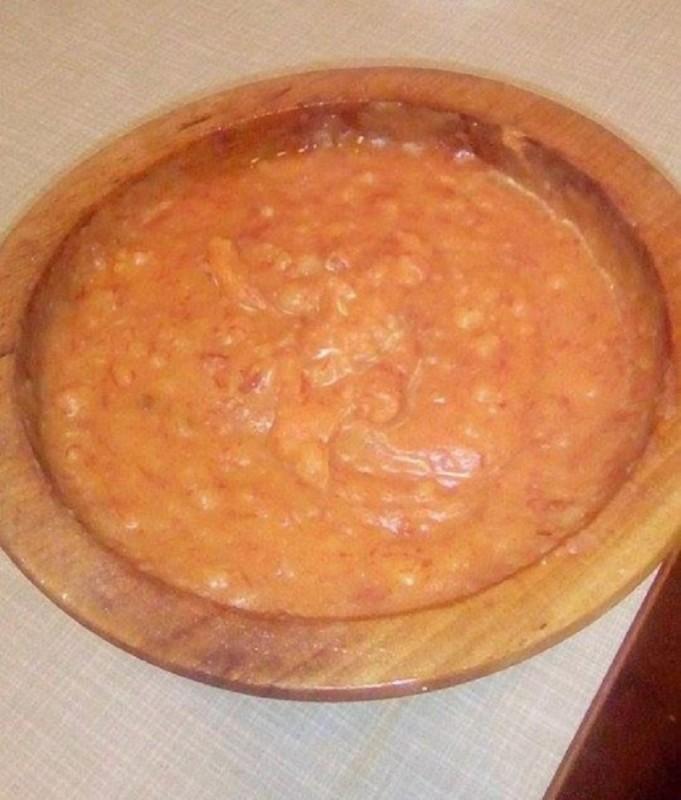 Прилепско макало од компири со суви пиперки и лук
