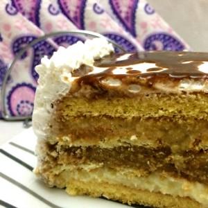 Вкусна Торта со три различни филови