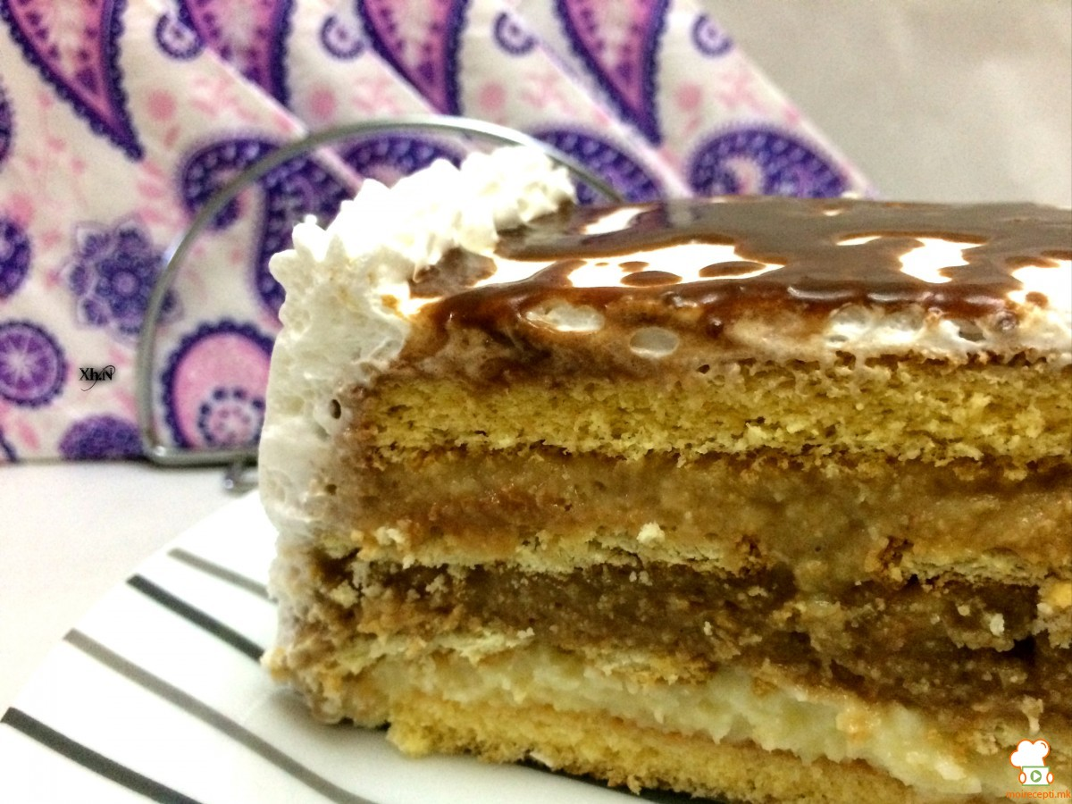 vkusna-torta-so-tri-razlichni-filovi
