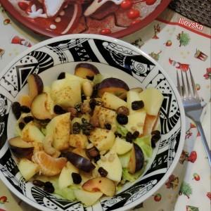 Овошна салата со дресинг од лимон и мед