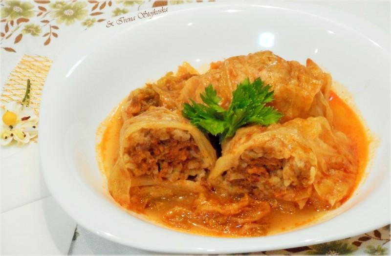 Сарма со незапржено месо(мрсна)