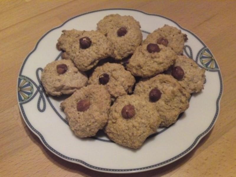 Лесни Божиќни колачиња од лешник