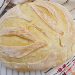 Домашен леб со кисело млеко