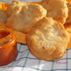 Мекици со сончоглед и сусам (посно)