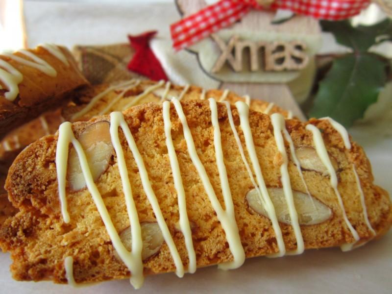 Бисквити со бадеми - Кантучини (Божиќен календар 12)