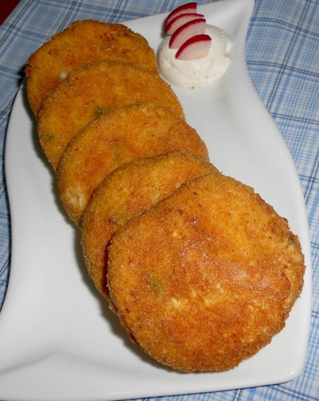 Плескавици од карфиол и чедар сирење