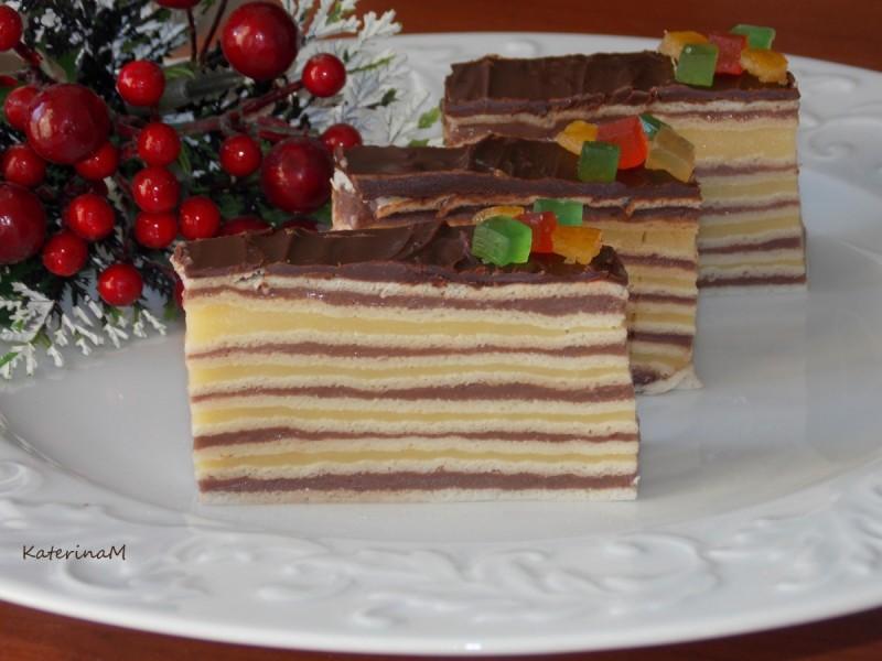 Двобоен розен колач