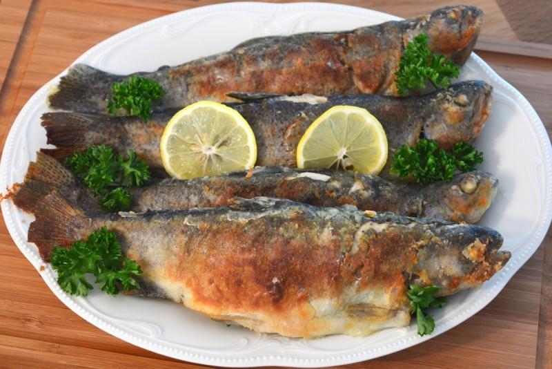 Печена риба - пастрмка