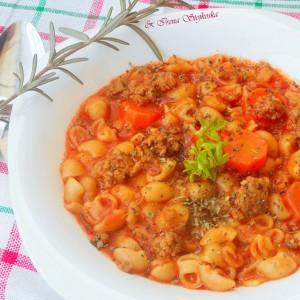 Манџа со макарони и мелено месо (без запршка)