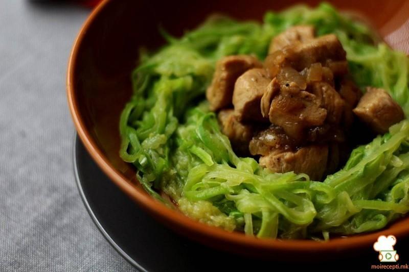 Шпагети од тиквички со соте од пилешко (хроно, ЛЦХФ)