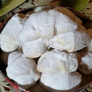 Суви колачиња со џем