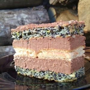 Чоко торта со афион