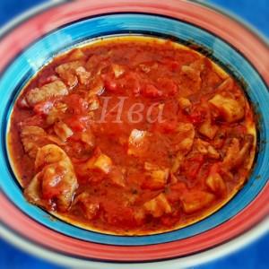 Шампињони со пелати домати (хроно)