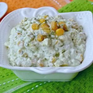 Крем салата со авокадо и пченка