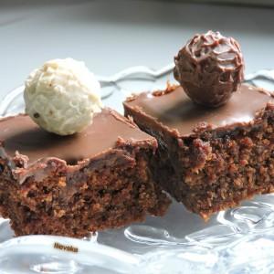 Десерт со чоколада и мармалад (посно)