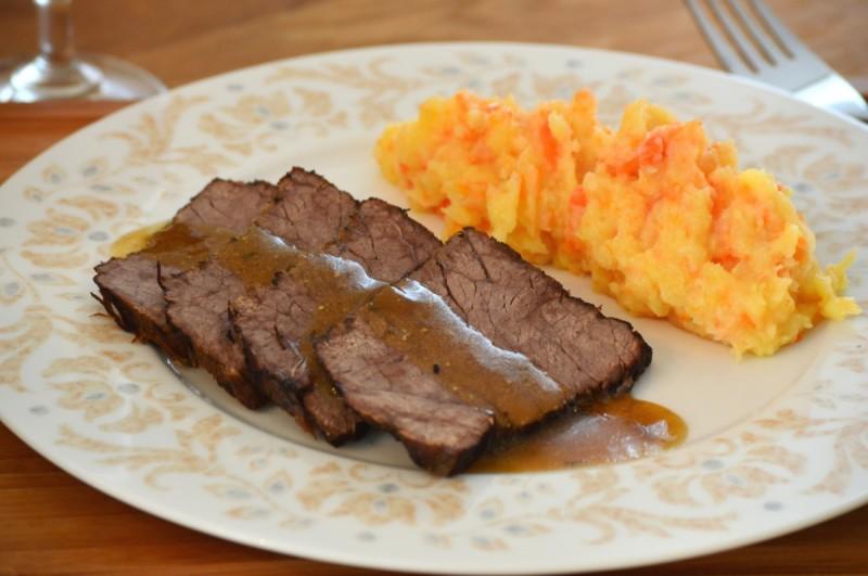 Ирско говедско месо во сос од темно пиво