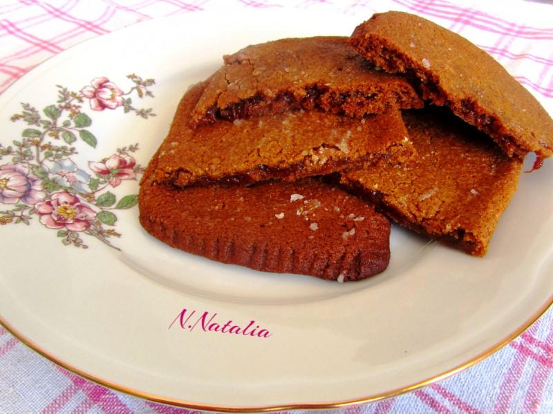 Медени колачи со мармалад од кајсии (посно)