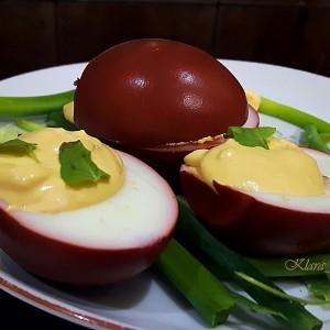 Полнети обоени јајца
