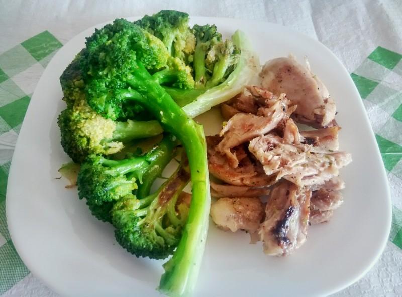 Пилешко со брокула (хроно вечера)