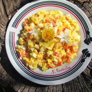 Салата со јајца и ротквици