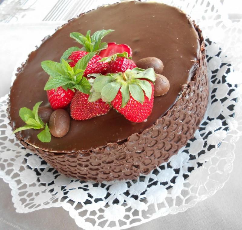 Мојата Велигденска лешник-карамел торта