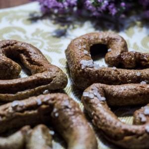 Интегрални посни срциња (тесто како баварски ѓевречиња)