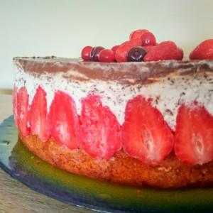 Фраисер - Француска торта со јагоди
