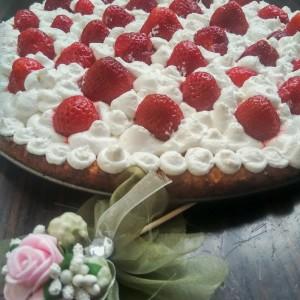 Тарт со јагоди