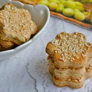 Сконси со спелтино брашно, сирење и власец (хроно)