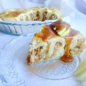 Торта од палачинки и јаболка