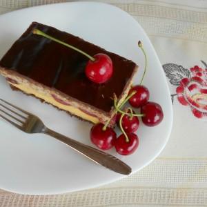 Фантастичен десерт со цреши