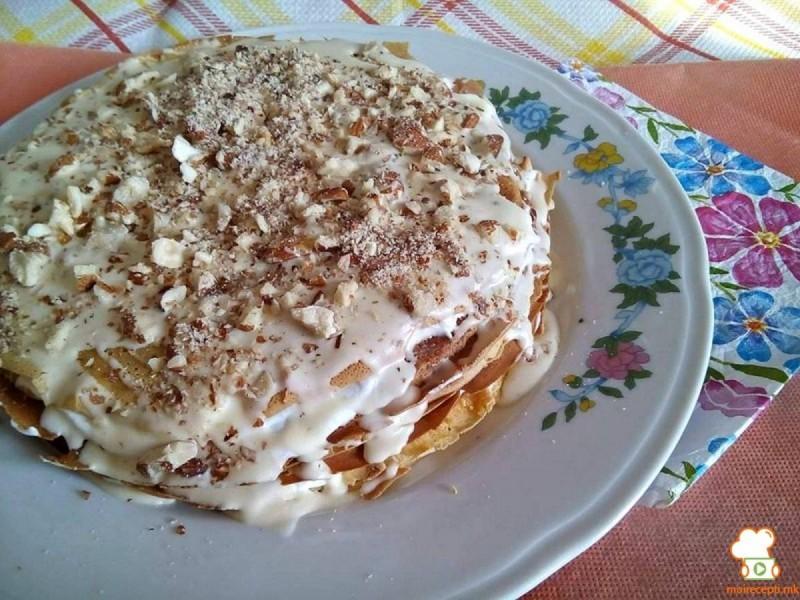 Рустична торта со палачинки од кола пијалок