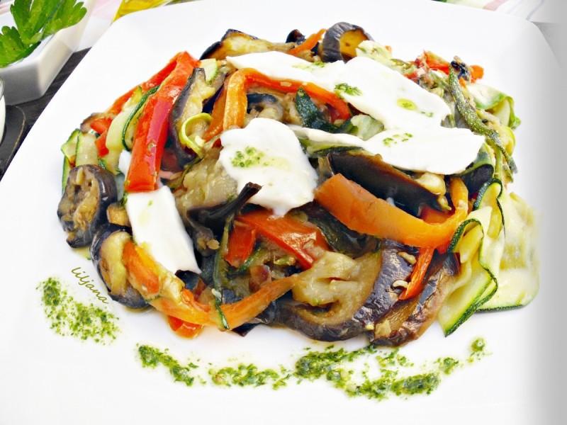 Зеленчук со моцарела