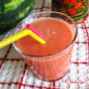 Смути со лубеница, круши и праски