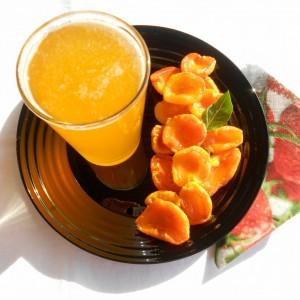 Кандирани кајсии и неварен сок од кајсии