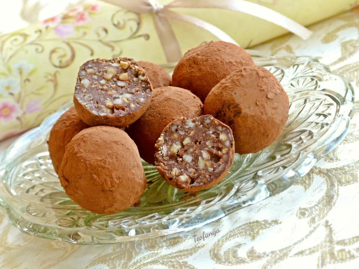 Бомбици со кикирики   truffles chocolate