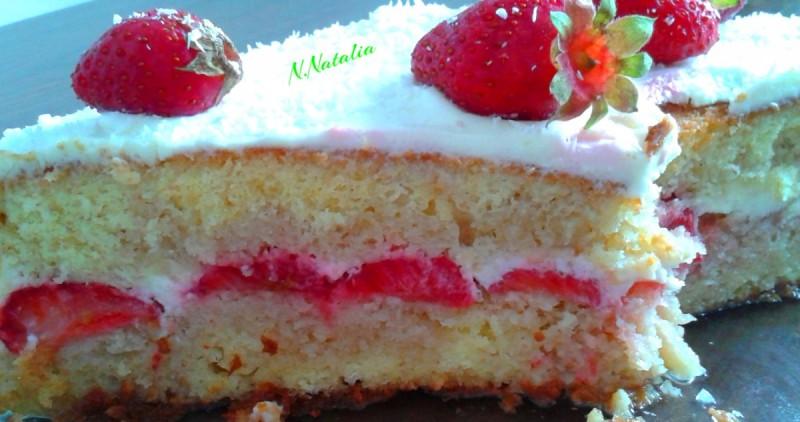 Освежителна торта со јагоди и павлака