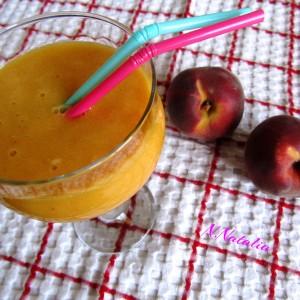 Смути со праски и портокал
