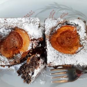 Колач од афион и ореви со кајсии (без брашно)