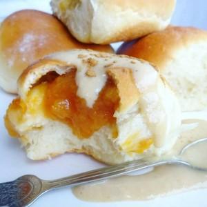Фит бухтли со мармалад од праски