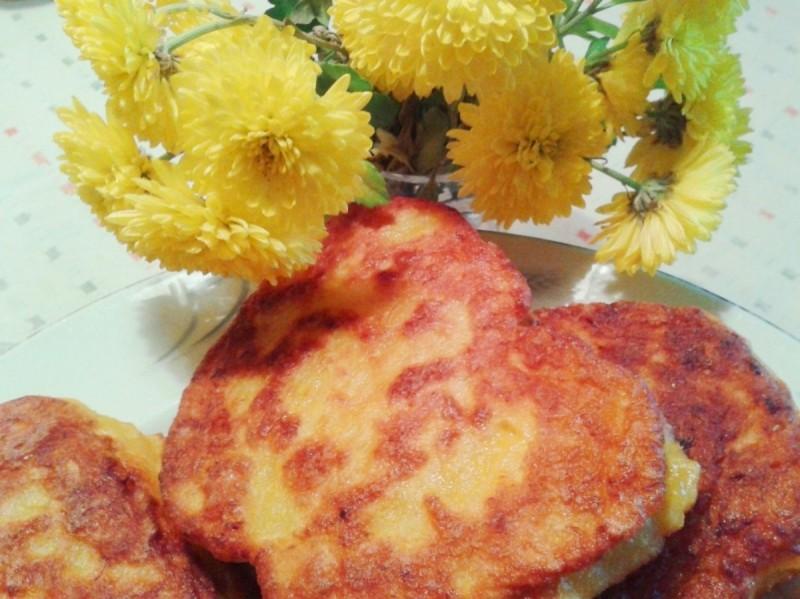 Оладји со тесто од тиква (полнети пишии)