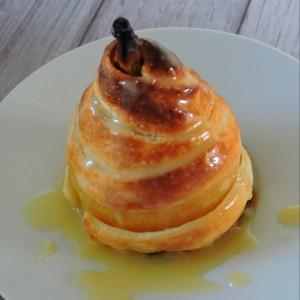Круши во лиснато тесто