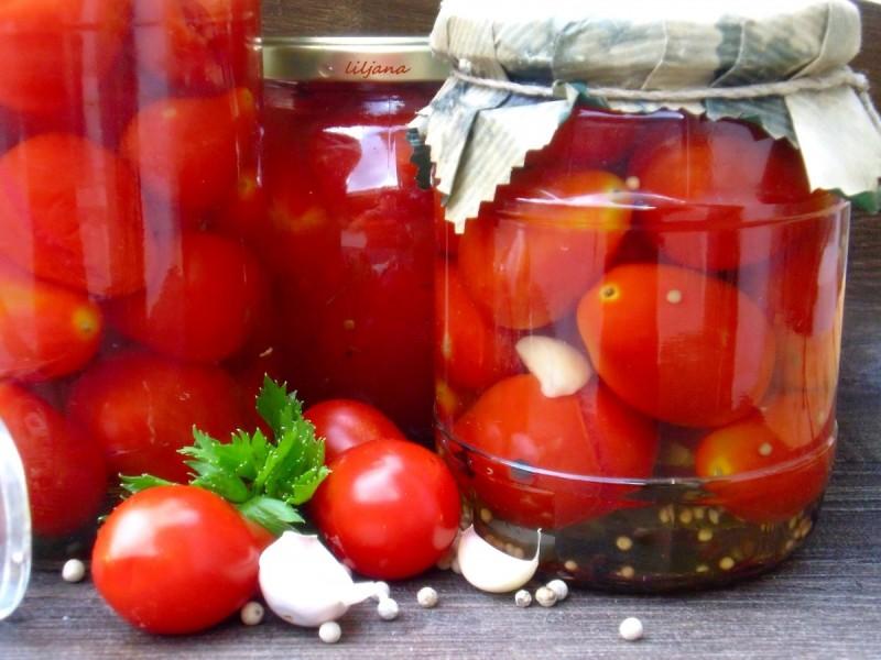 Маринирани домати